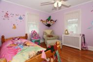 bedroom1_700