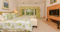 32 Northbrook Ln Irvington NY-large-013-Master Bedroom-1500x808-72dpi