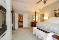029-Master_Bedroom-1555718-mls