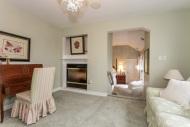 031-Sitting_Room-1555717-mls