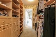 033-Walk_In_Closet-1555723-mls