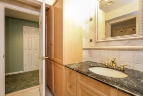 046-Bathroom-1555727-mls