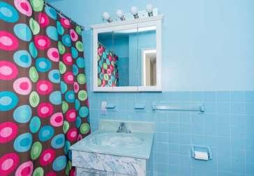 136 E Sunnyside Ln Irvington-small-012-Bathroom-666x463-72dpi