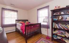 136 E Sunnyside Ln Irvington-small-025-Bedroom-666x416-72dpi