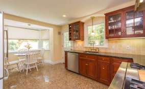 61 Riverview Rd Irvington NY-small-006-KitchenEating Area-666x409-72dpi